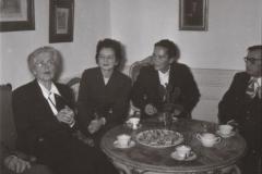 Grażyna Bacewicz na spotkaniu z Nadią Boulanger (z lewej), 1956, fot. Dionizy Gładysz (ZKP)