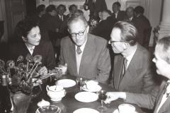 Grażyna Bacewicz i Kazimierz Sikorski w ZKP na spotkaniu z delegacją Czechosłowacji, 1956, fot. Dionizy Gładysz (ZKP)